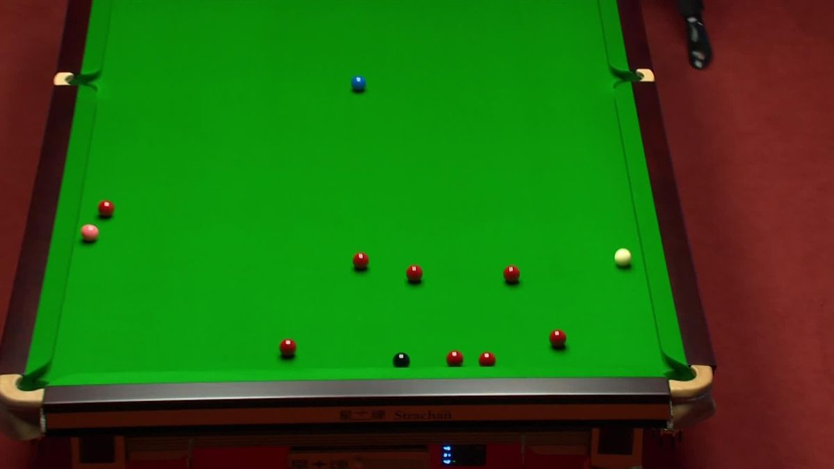 Fluke of the tournament so far? Gilbert gets huge slice of luck