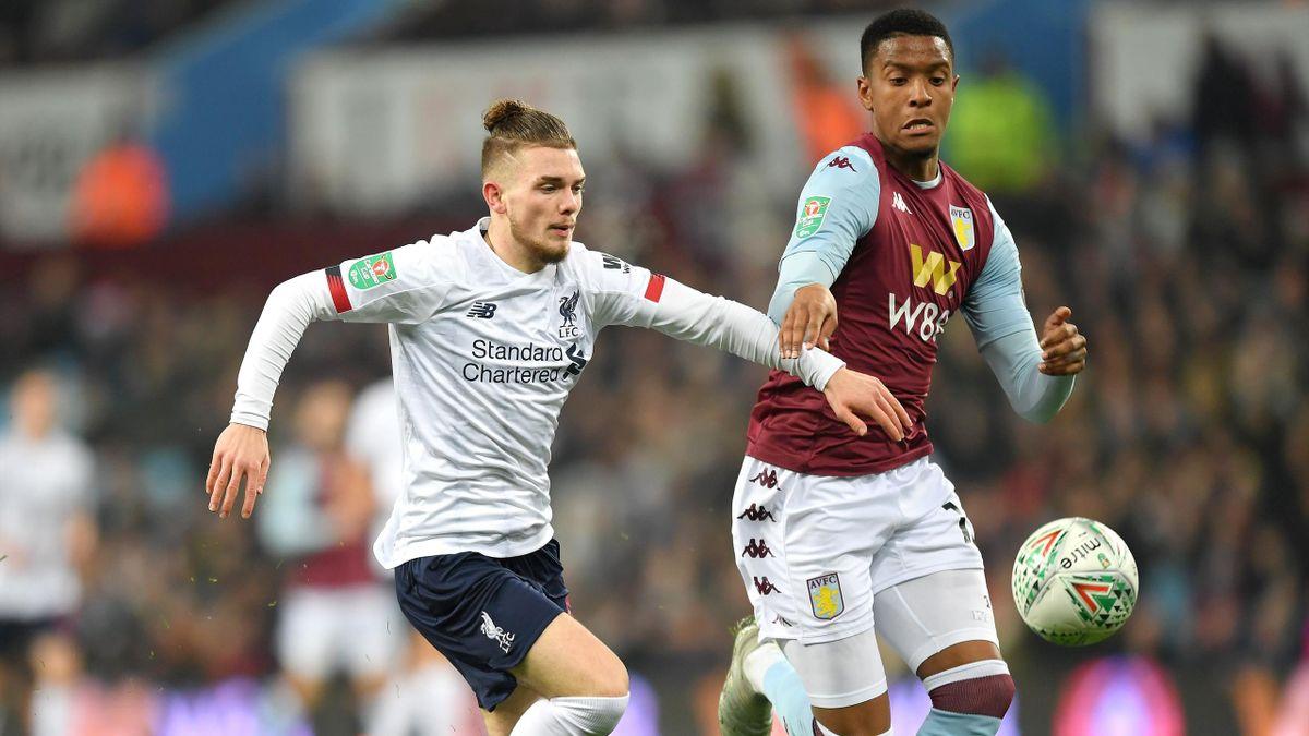 Harvel Elliott (l.) vom FC Liverpool gegen Aston Villa