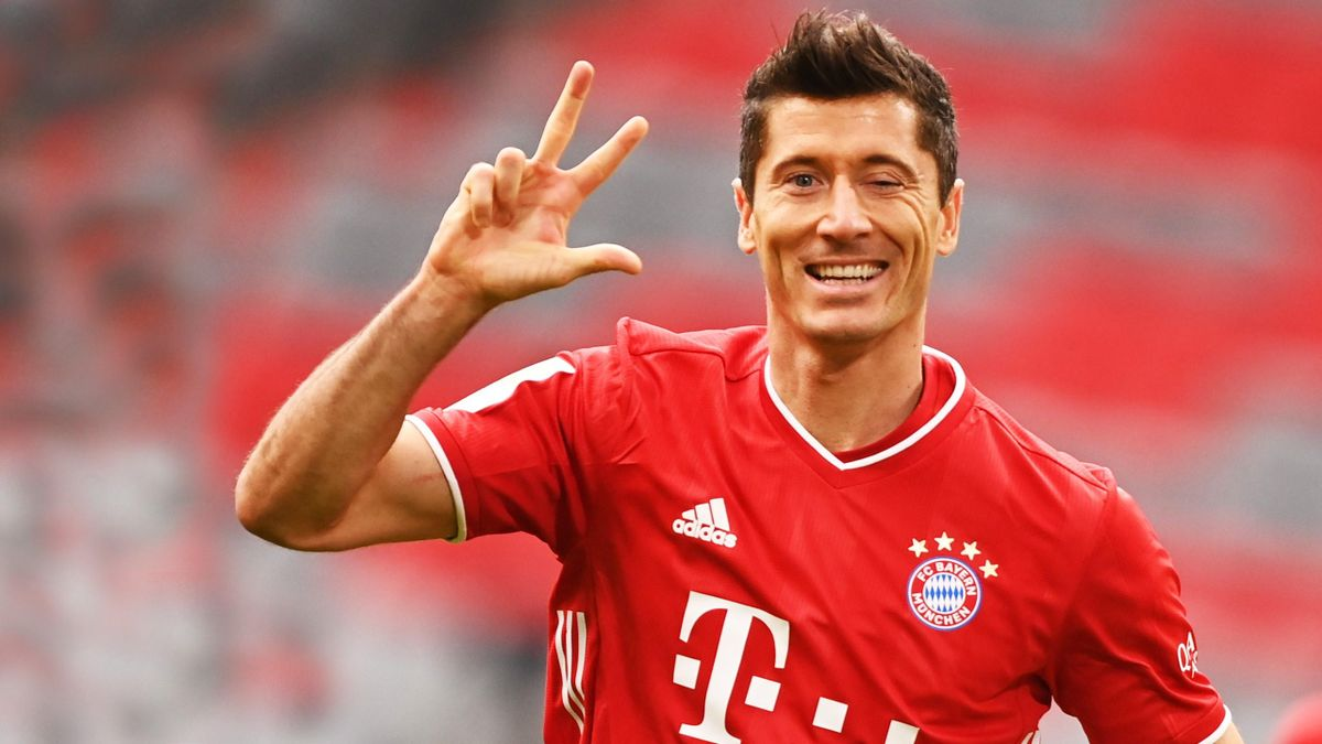 Robert Lewandowski confirmed he held talks with Manchester United over  transfer to Old Trafford - Eurosport