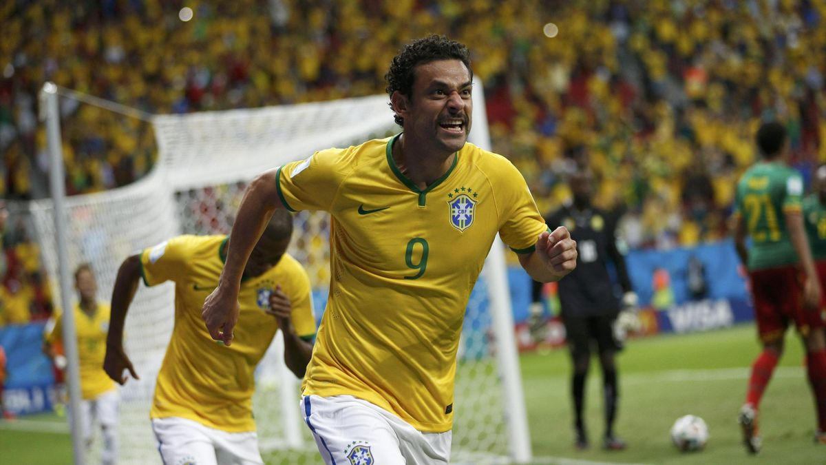 Brazil's Fred celebrates after scoring a goal during the 2014 World Cup Group A soccer match between Cameroon and Brazil at the Brasilia national stadium in Brasilia June 23, 2014 (Reuters)