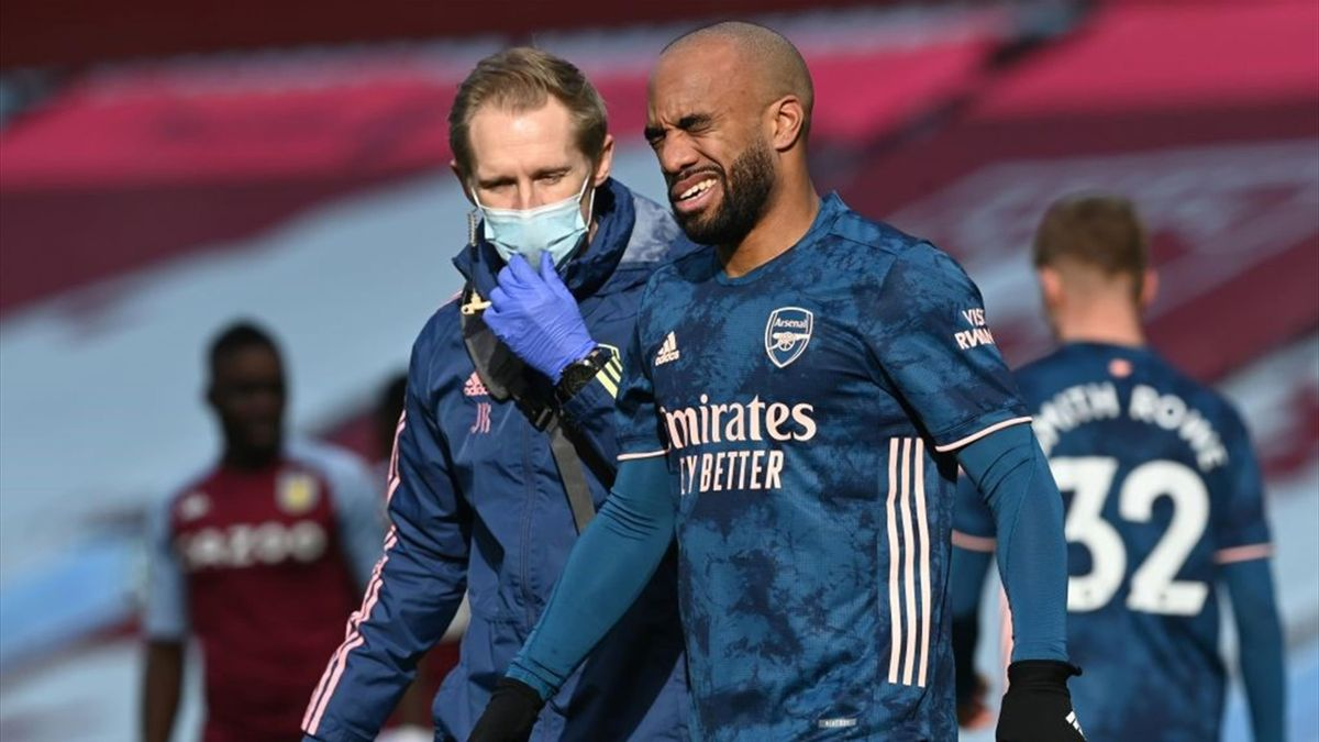 Alexandre Lacazette struggled at Aston Villa