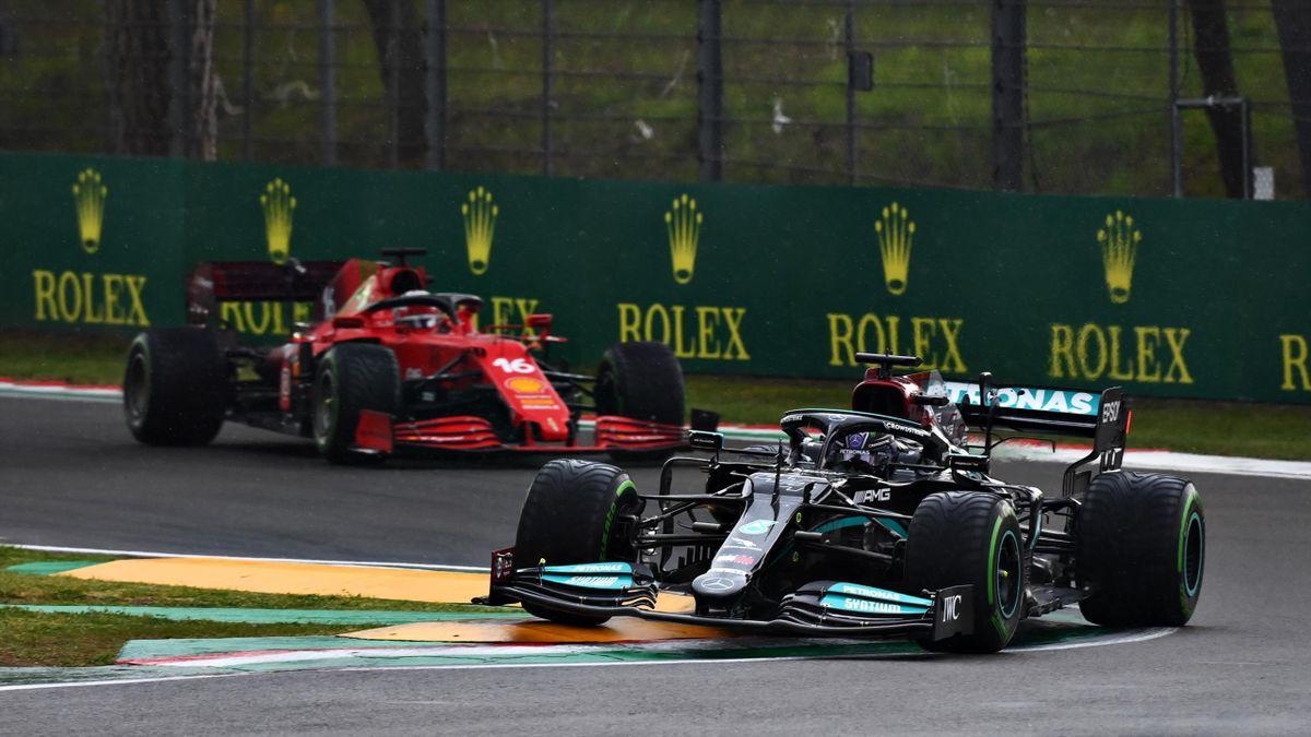 Lewis Hamilton (Mercedes) und Charles Leclerc (Ferrari) in Imola 2021