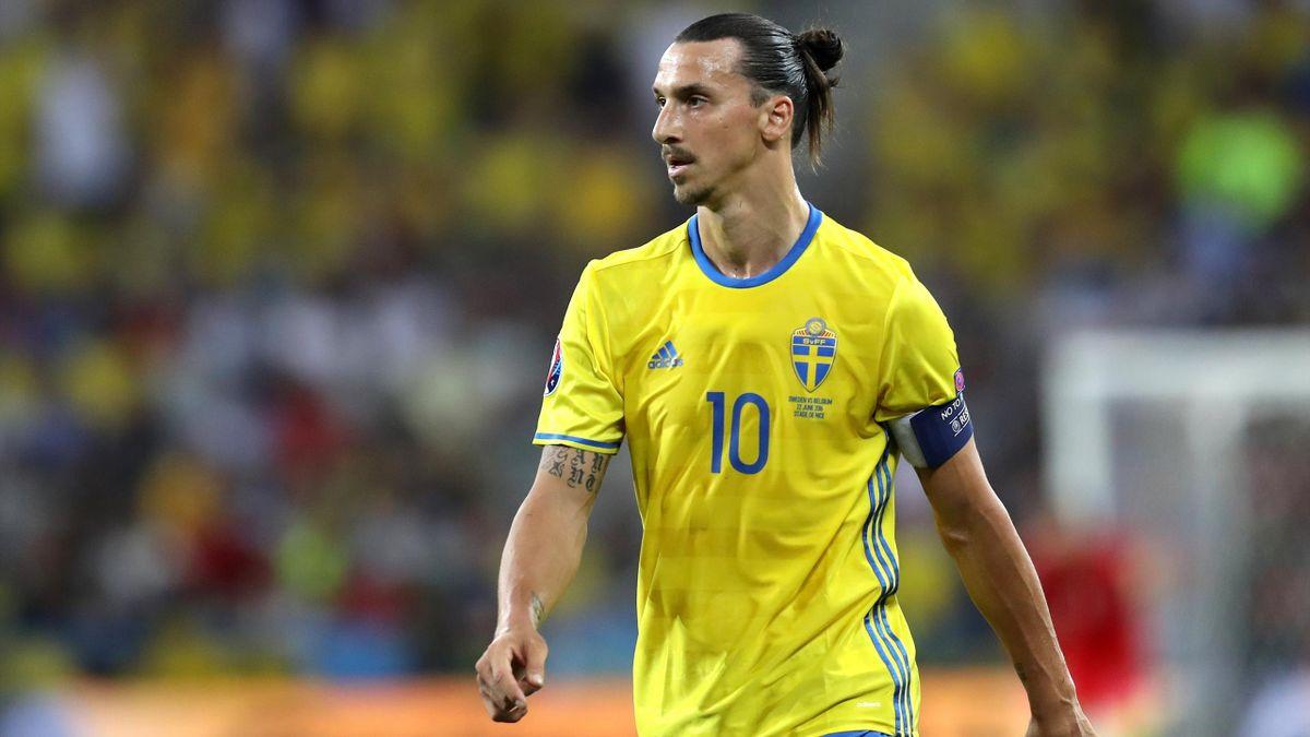 Zlatan Ibrahimovic con la maglia della Svezia