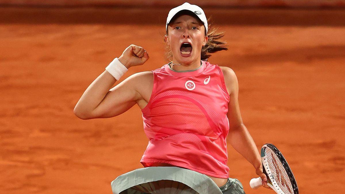 Iga Swiatek jubelt über den Viertelfinaleinzug bei den French Open
