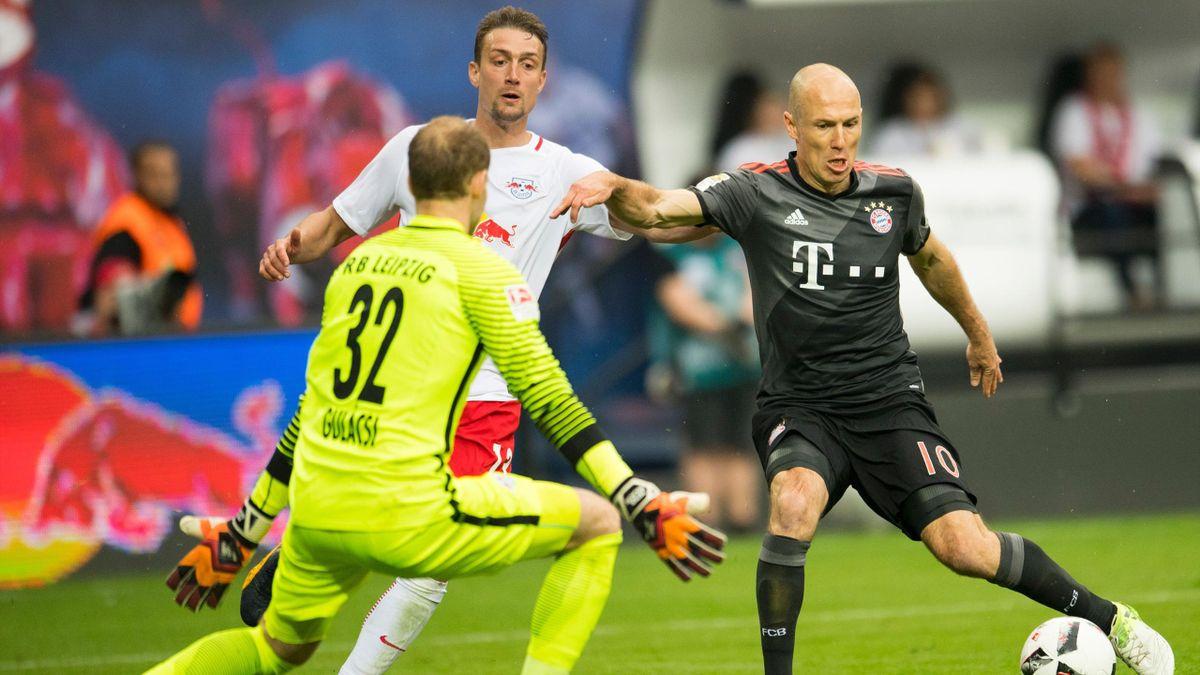 Arjen Robben, Stefan Ilsanker, Péter Gulácsi (RB Leipzig vs. FC Bayern Munich)