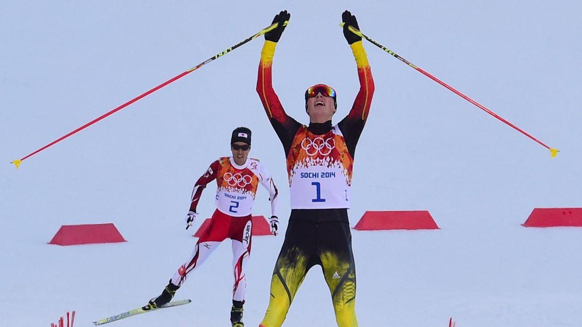 Am Ziel: Eric Frenzel ist Olympiasieger