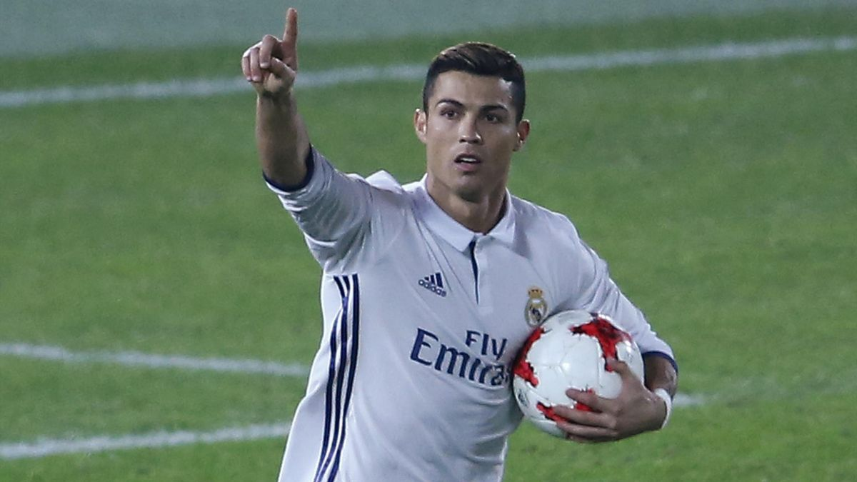 Ronaldo celebrates scoring Madrid's second goal