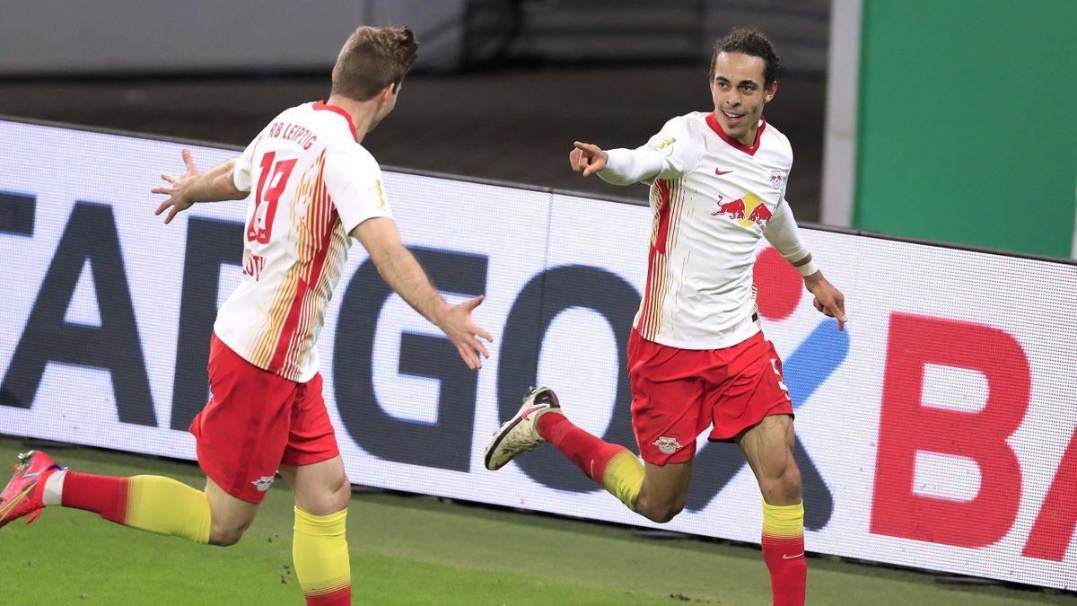 Alexander Sörloth (links) und Yussuf Poulsen - RB Leipzig