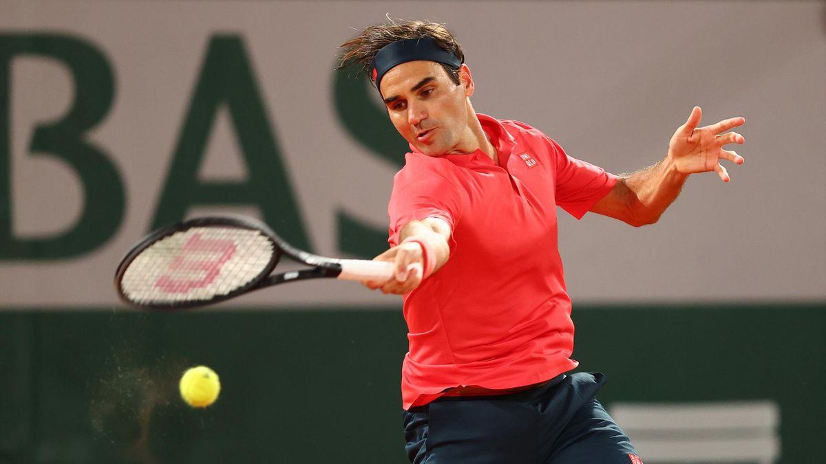 Roger Federer bei den French Open 2021 in Runde drei gegen Dominik Koepfer