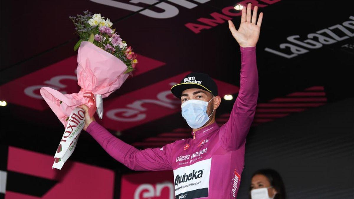 Giacomo Nizzolo sul podio di Cattolica - Giro d'Italia 2021