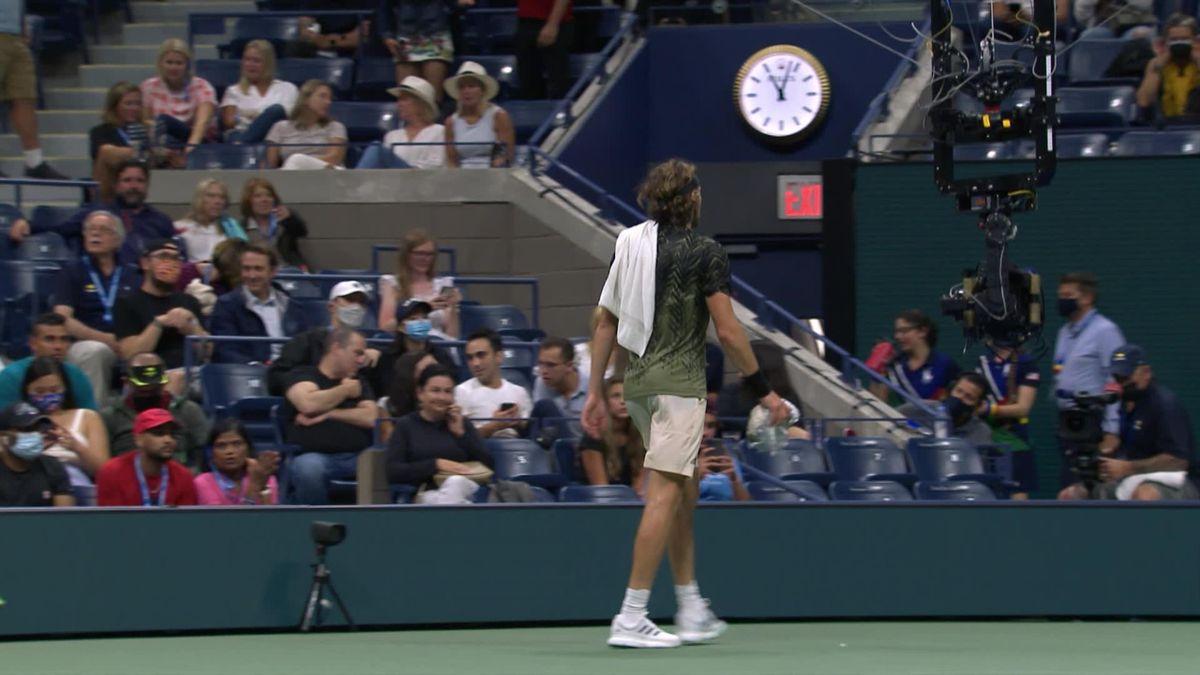 US Open | Publiek overlaadt Tsitsipas met hoon na nieuwe langdurige plaspauze