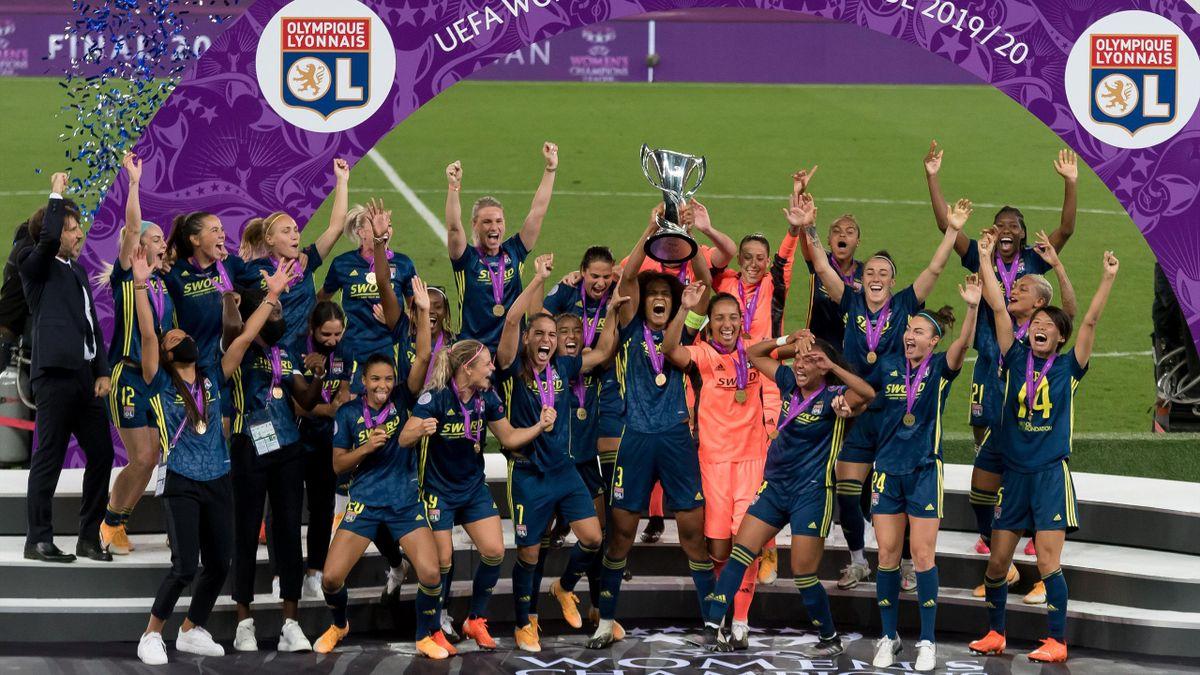 Wendie Renard et les Lyonnaises célèbrent le 7e sacre de l'histoire de l'OL en Ligue des champions féminines