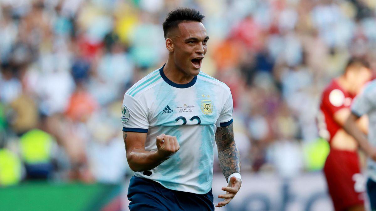 Lautaro Martinez of Argentina celebrates after scoring the opening goal during the Copa America Brazil 2019 quarterfinal match between Argentina and Venezuela at Maracana Stadium on June 28, 2019 in Rio de Janeiro, Brazil.