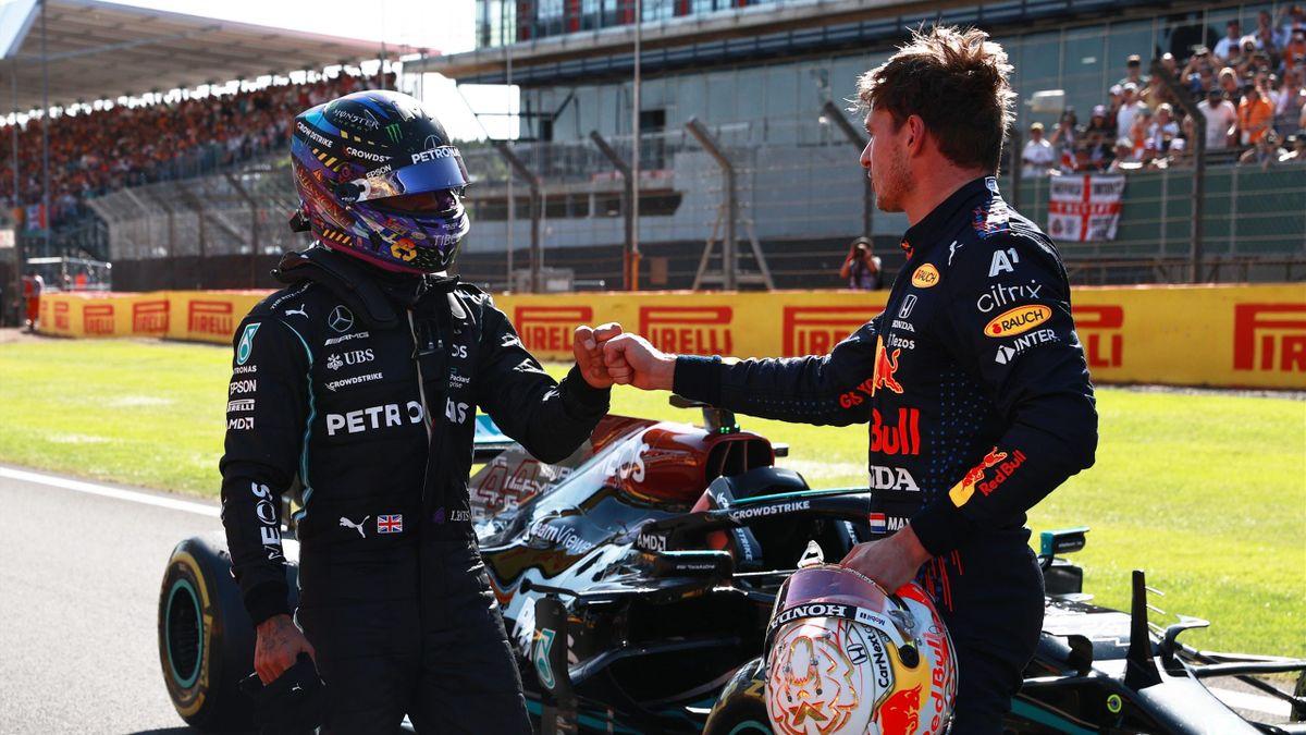 Max Verstappen e Lewis Hamilton