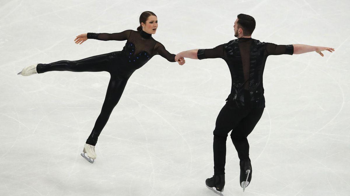 Annika Hocke (links) und Robert Kunkel bei der Eiskunstlauf-WM