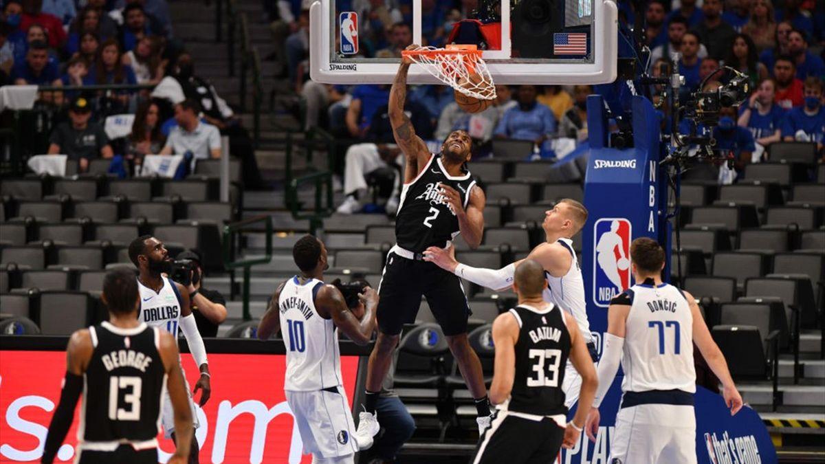 Kawhi Leonard lors de LA Clippers - Dallas Mavericks en Game 4 des Playoffs NBA le 30 mai 2021