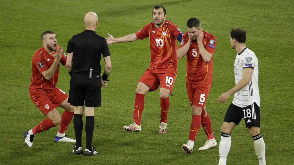 Сергей Карасев в матче Германии и Северной Македонии
