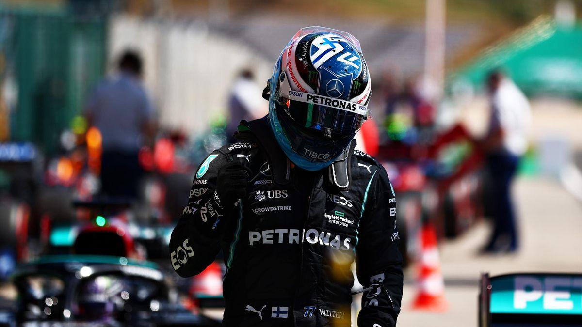 Valtteri Bottas esulta per la pole position a Portimao, GP Portogallo, Getty Images