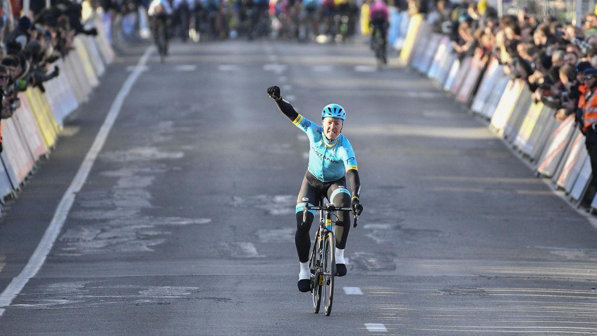 Valgren (Astana) vainqueur de l'Omloop Het Nieuwsblad