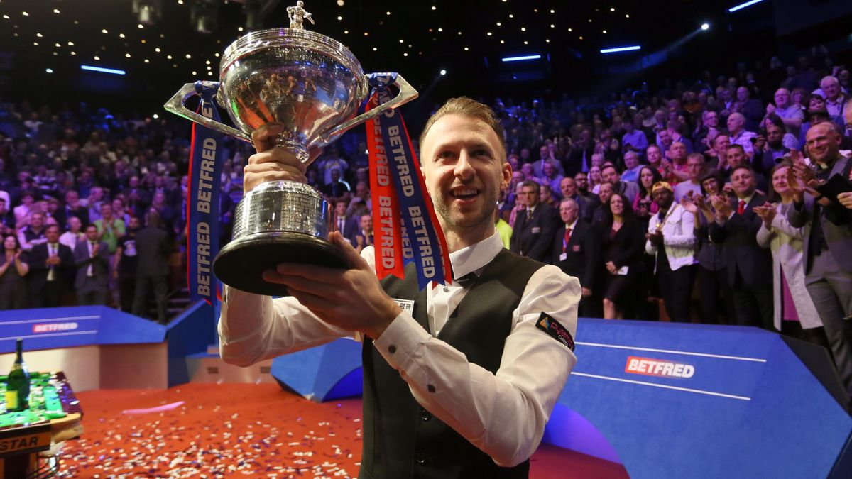 Judd Trump finally lands world snooker title after easing off on partying