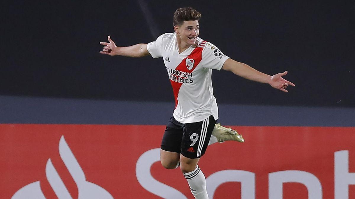 Julian Alvarez, River Plate 2021 (Getty Images)