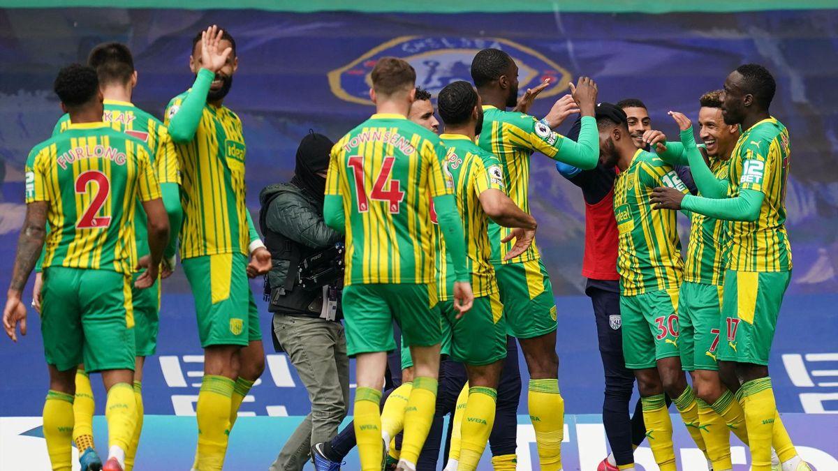 Premier League football news - West Bromwich Albion stick five past  shocking ten-man Chelsea - Eurosport