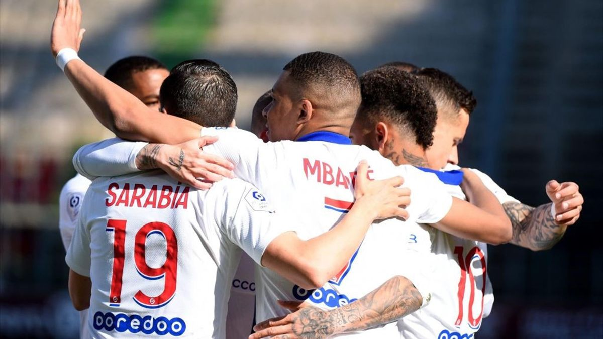Mbappé esulta dopo il gol in Metz-PSG - Ligue 1 2020/2021 - Getty Images