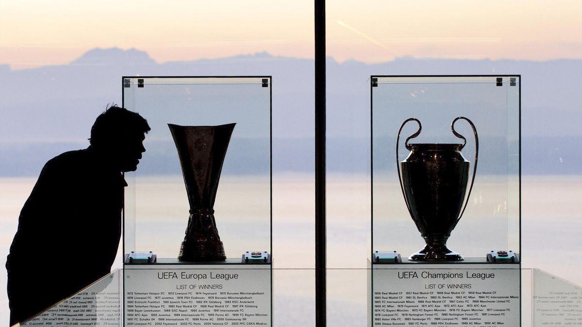Trofeele Champions League şi Europa League