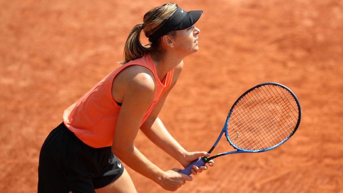 Maria Sjarapova tijdens de training van Roland Garros 2018