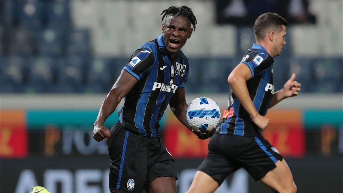 Esultanza di Zapata per aver riaperto Atalanta-Fiorentina - Serie A 2021/2022