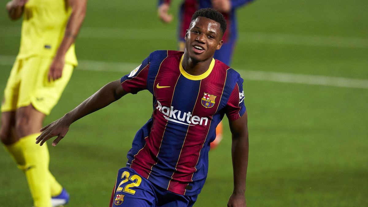 Anssumane Fati of Barcelona celebrates