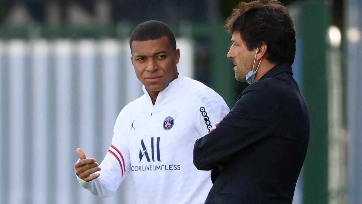 Kylian Mbappé (l.) und Leonardo von PSG