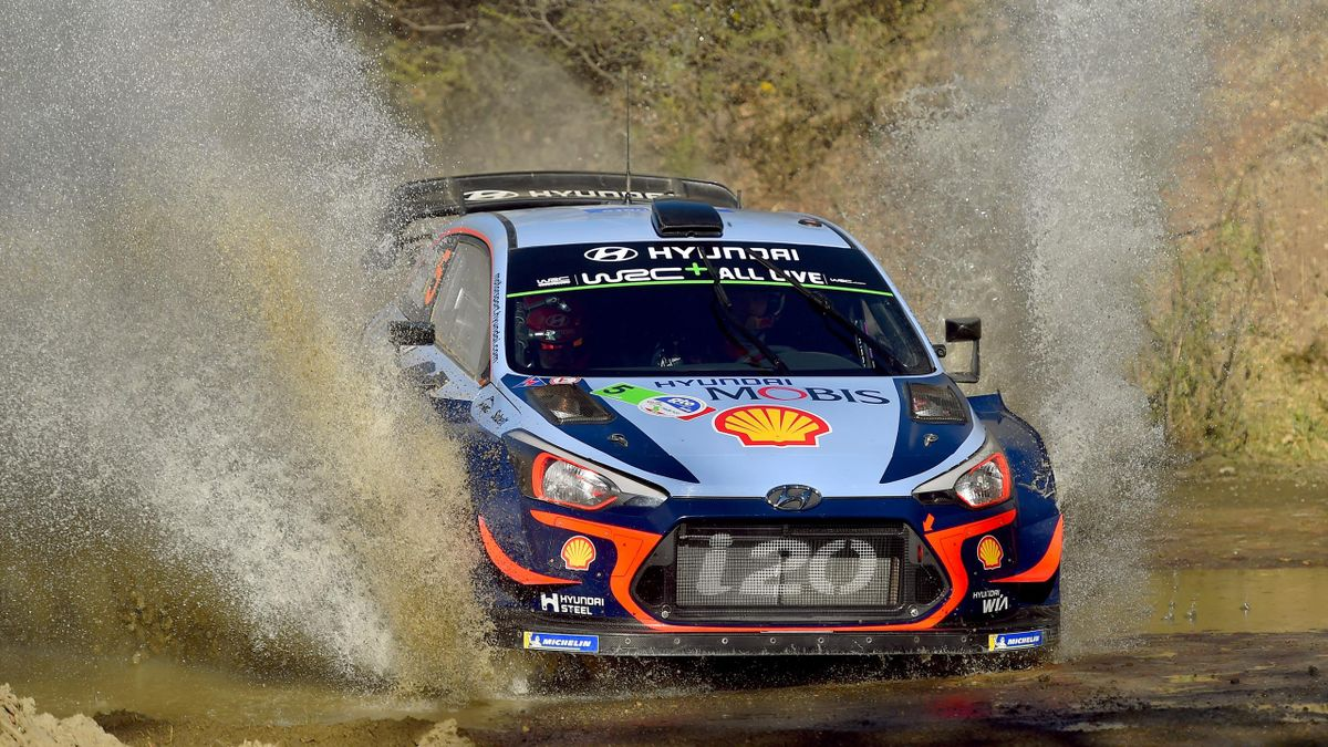 Thierry Neuville from Belgium and Nicolas Gilsoul from Belgium compete in their Hyundai Shell Mobis WRT Hyundai i20 Coupe WRC