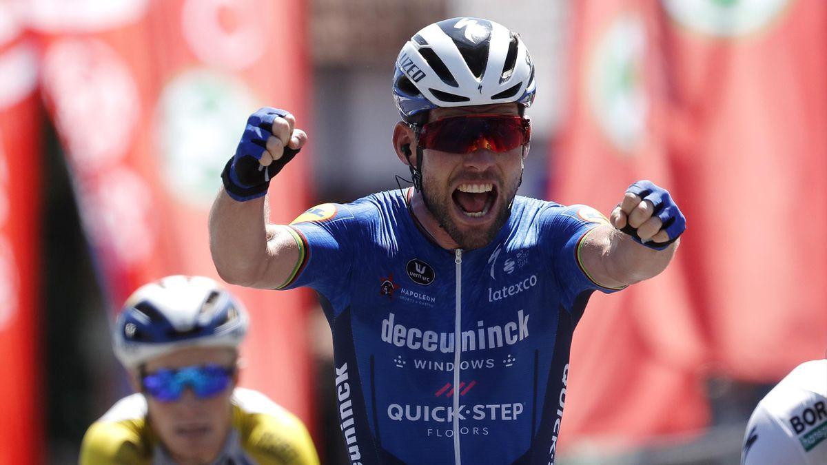 Mark Cavendish esulta per la vittoria della volata di Beringen - Baloise Belgium Tour 2021