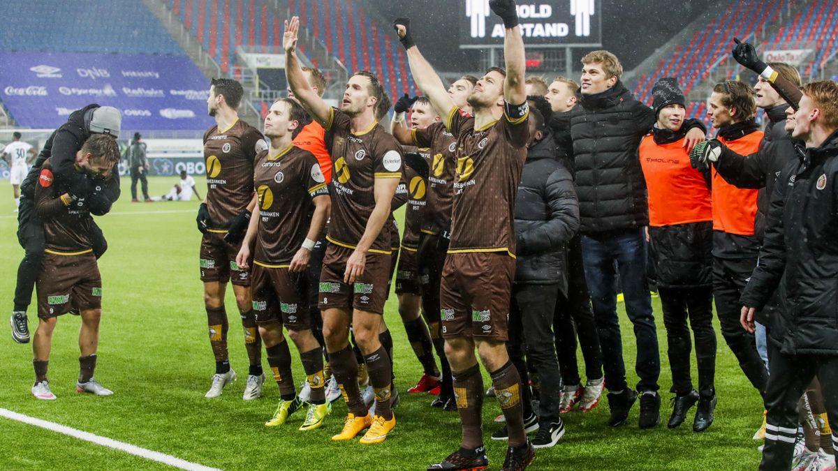 Mjøndalen jubler etter at 3-2-seieren over Sogndal var et faktum.
