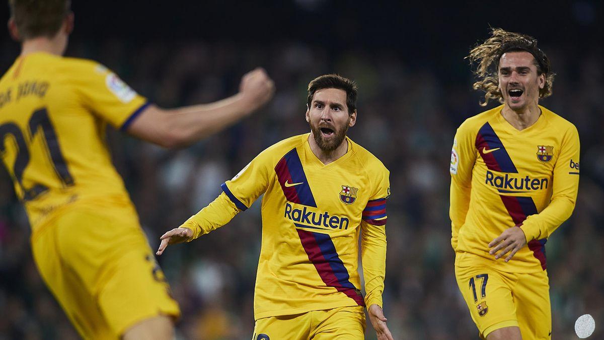 Frenkie de Jong, Leo Messi y Antoine Griezmann (Barcelona)