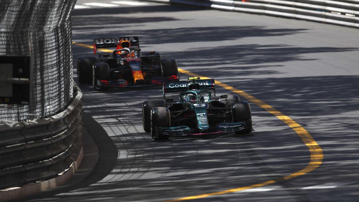 Sebastian Vettel (vorne) und Max Verstappen in Monaco