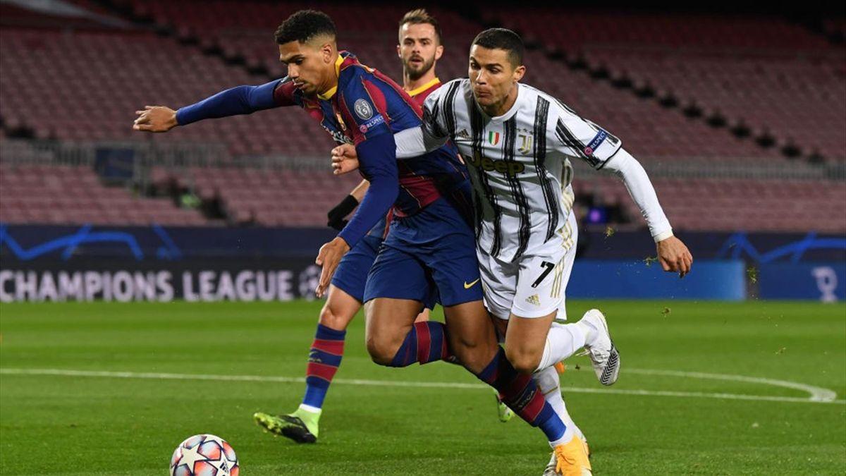 Cristiano Ronaldo, Araujo - Barcellona-Juventus - Champions League 2020/2021 - Getty Images