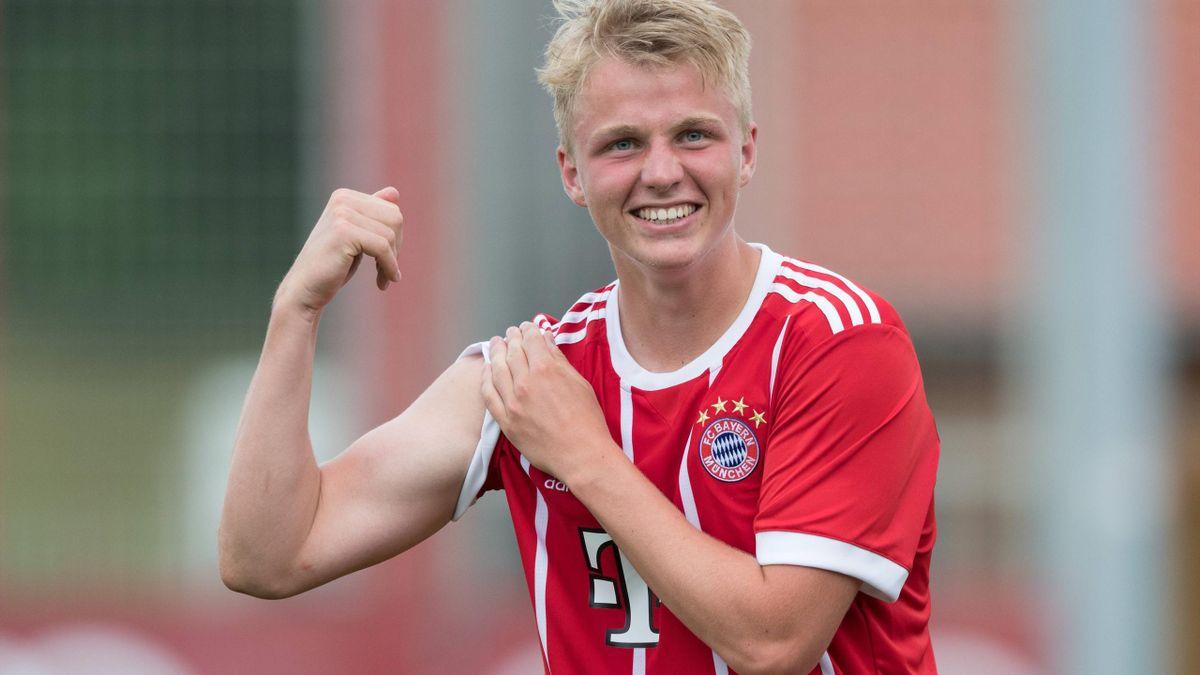 Felix Götze im Trikot des FC Bayern München