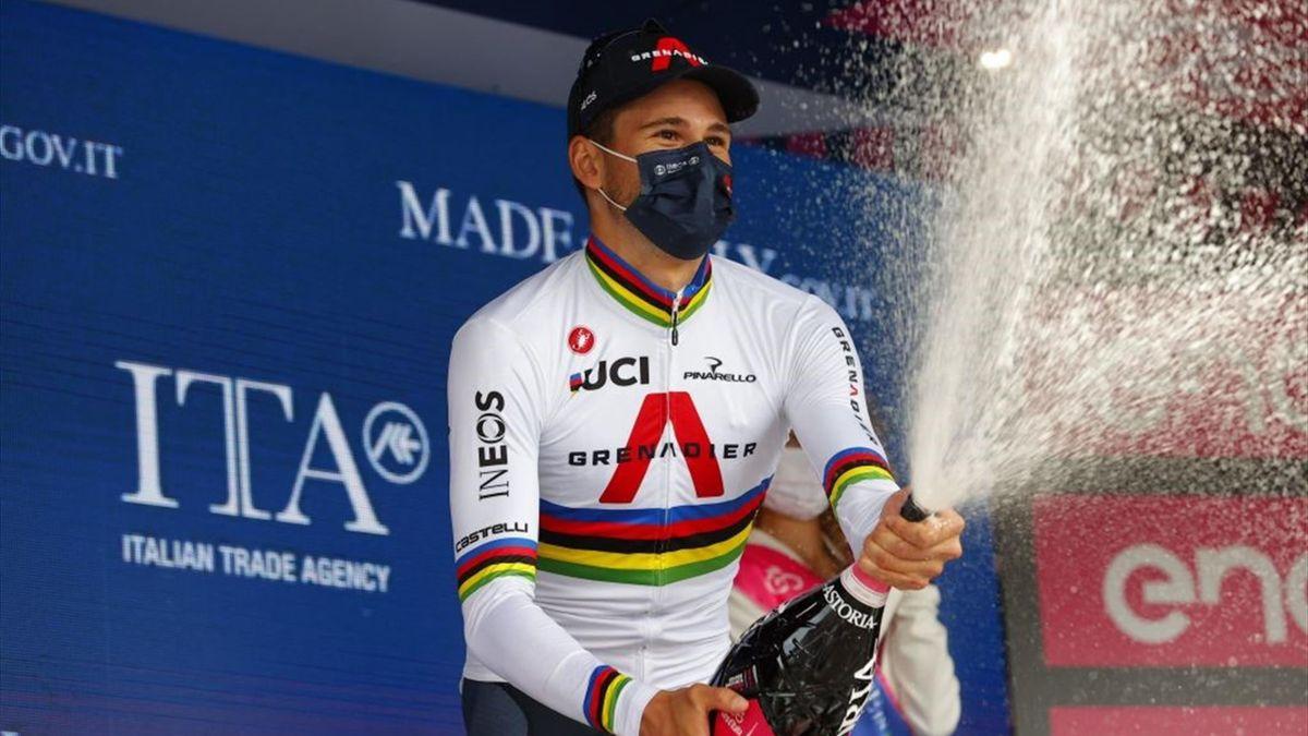 Filippo Ganna sul podio di Torino - Giro d'Italia 2021 - Getty Images