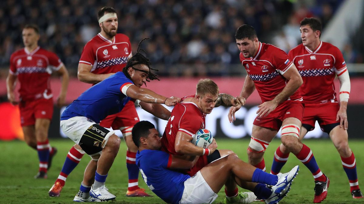 Kirill Golosnitskiy of Russia is tackled by Rey Lee-Lo of Samoa during the Rugby World Cup 2019 Group A game between Russia and Samoa at Kumagaya Rugby Stadium on September 24, 2019 in Kumagaya, Saitama, Japan