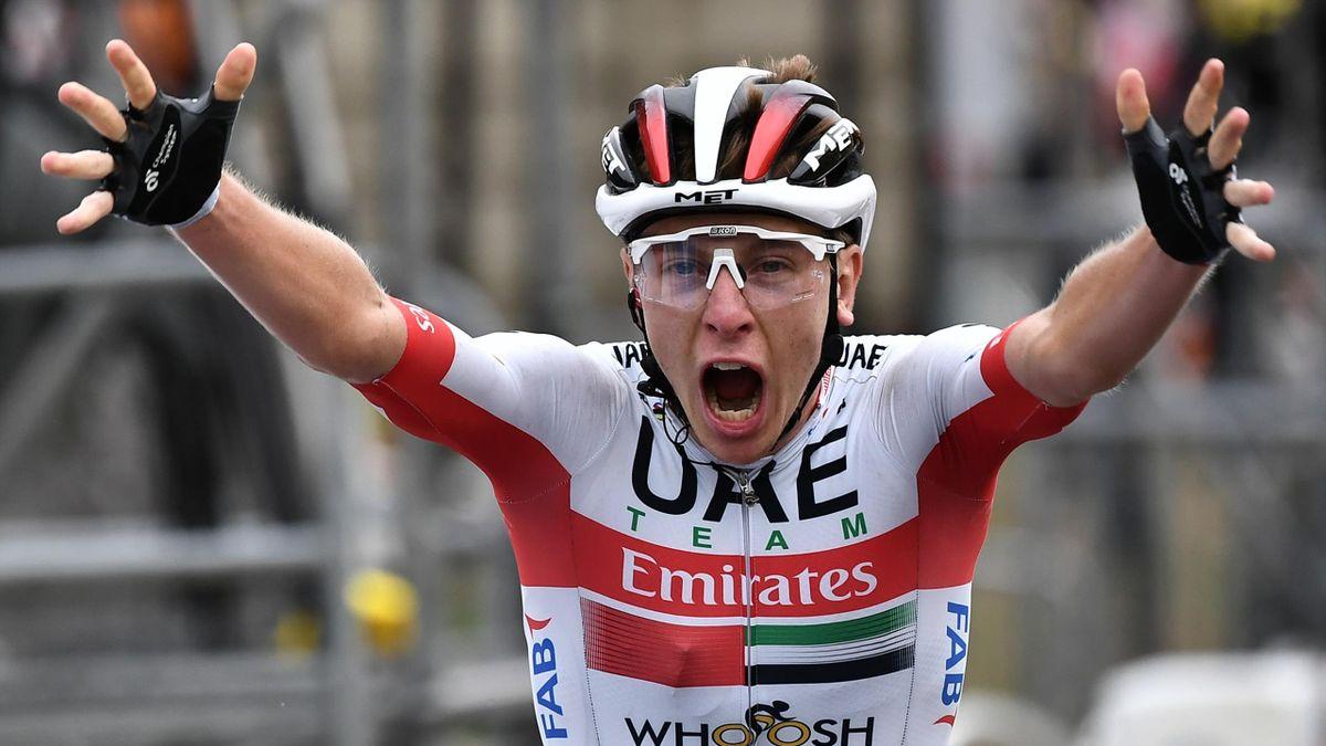 Tadej Pogacar (UAE Team Emirates) s-a impus în etapa a 9-a din Turul Franței 2020