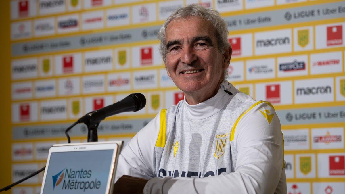 Raymond Domenech, nouvel entraîneur du FC Nantes lors de sa première conférence de presse le 31 décembre 2020