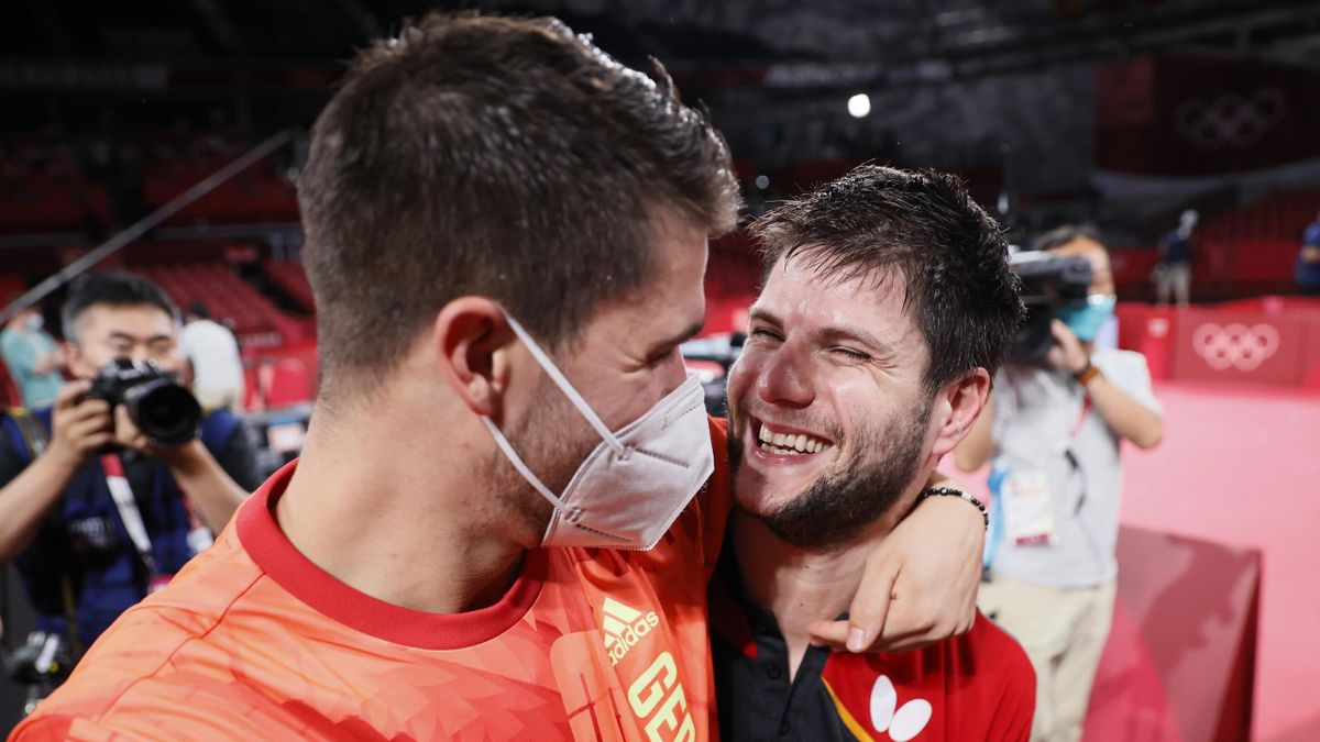 Patrick Franziska (links) und Dimitrij Ovtcharov (Deutschland) - Olympia 2021
