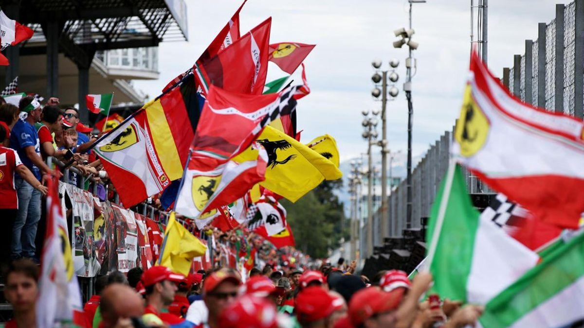 Fans beim Großen Preis von Italien in Monza