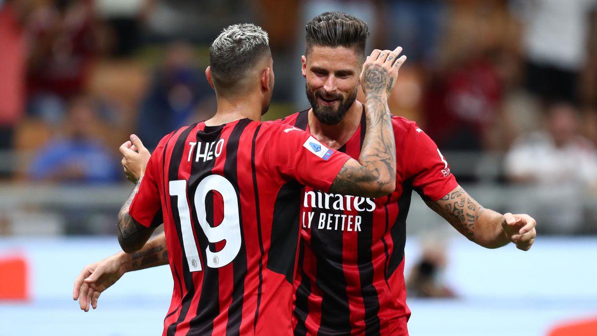 Olivier Giroud abbraccia Theo Hernandez, Milan-Cagliari, Serie A 2021-22, Getty Images