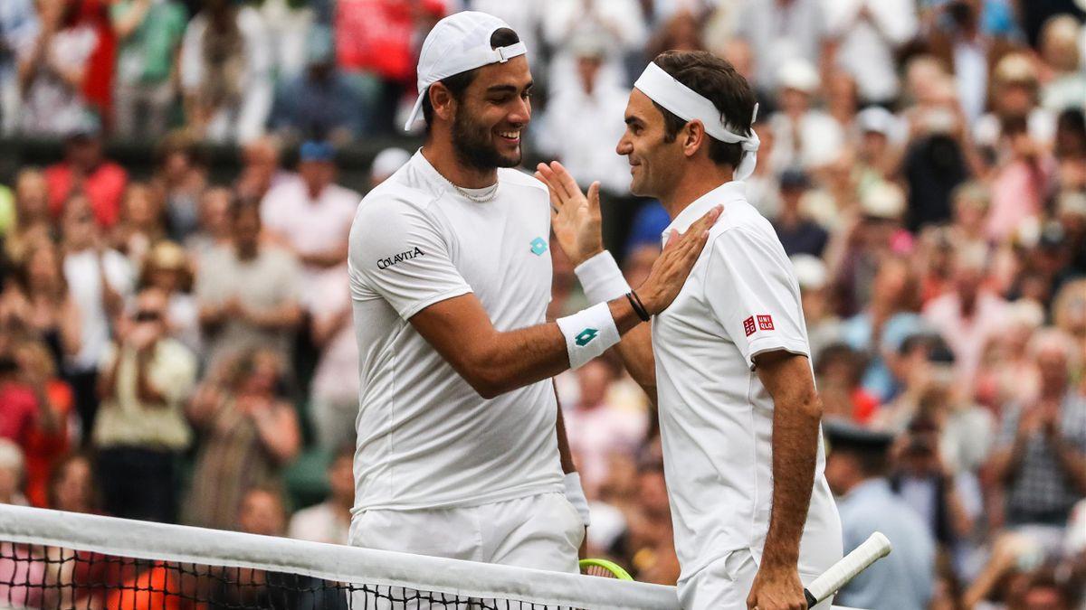 Roger Federer et Matteo Berrettini à Wimbledon en 2019
