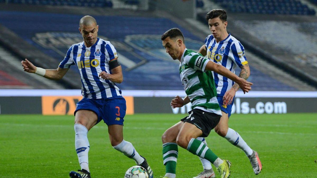 Matheus Uribe, Pedro Goncalves et Pepe lors de Porto - Sporting CP