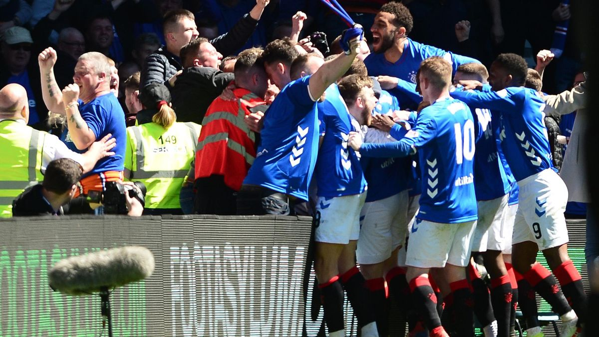 Rangers players celebrate their second goal with the crowd