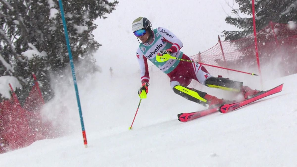 'He steals it away!' - Feller powers to slalom success